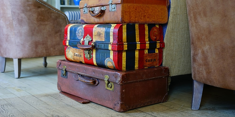 7 Essential Travel Items Every Traveler Should Have