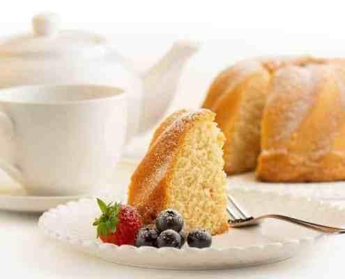 cake-white-porcelain-plate-tea-coffee