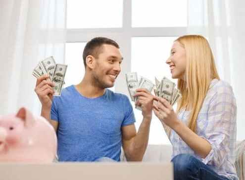 happy-couple-counting-money