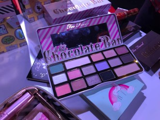 white chocolate bar natale too faced
