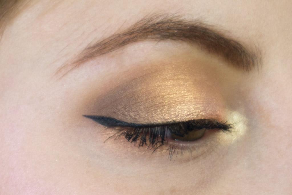 dreamy eyeshadow palette nabla makeup closeup occhio