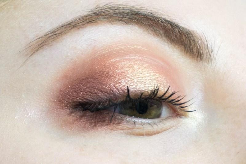 dreamy eyeshadow palette nabla makeup halo eyes