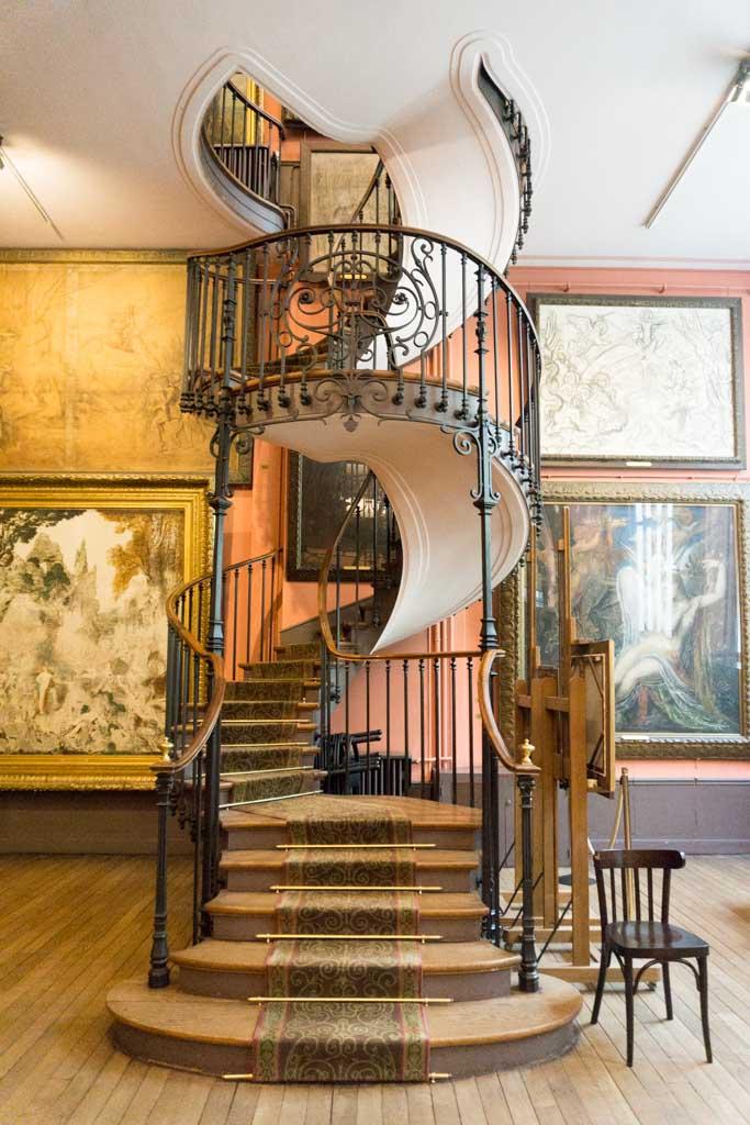 ultimo giorno di parigi musee gustave moreau scala