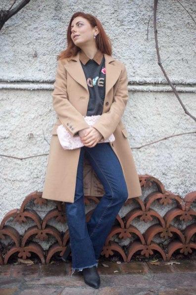 maglione con scritta LOVE-2
