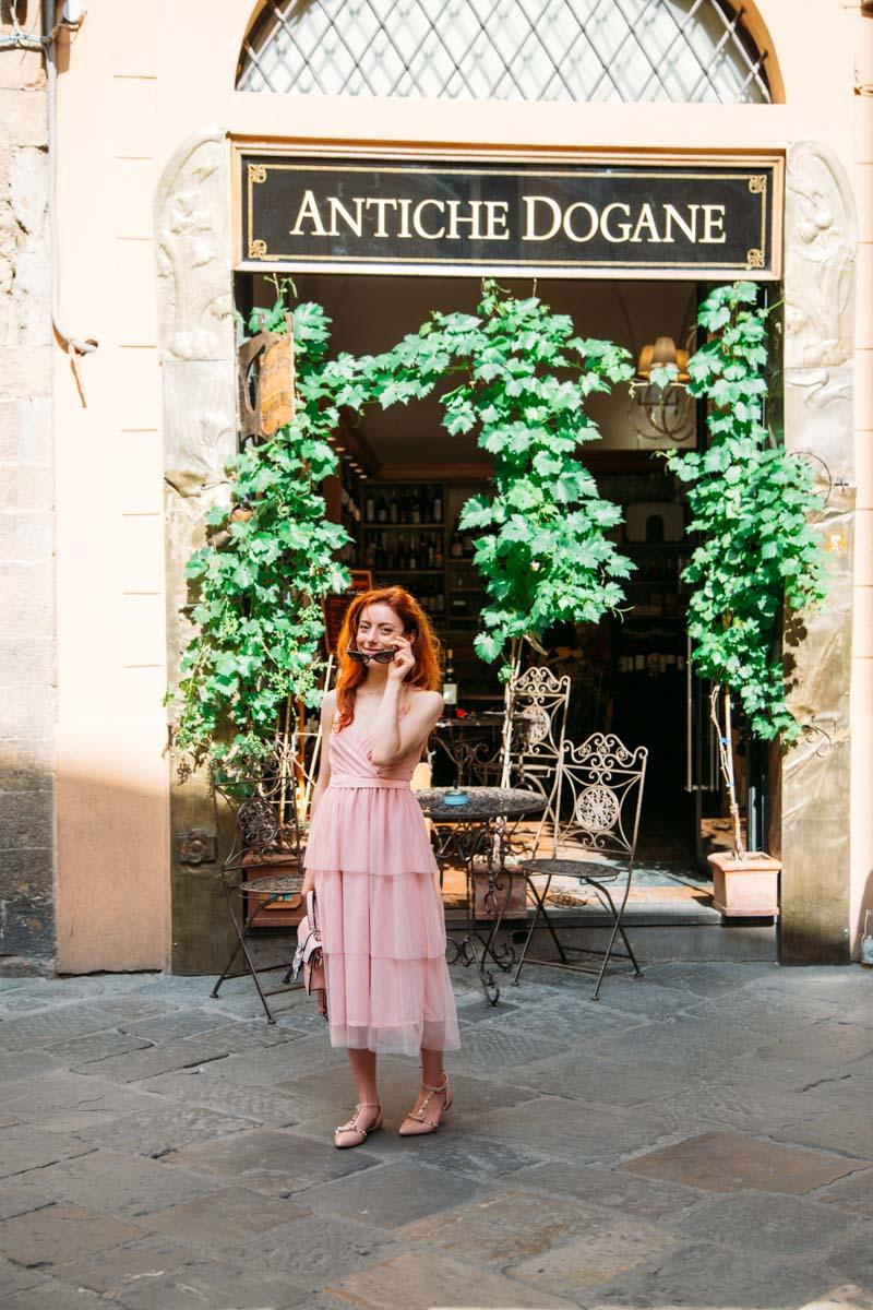 outfit in rosa con vestito in tulle