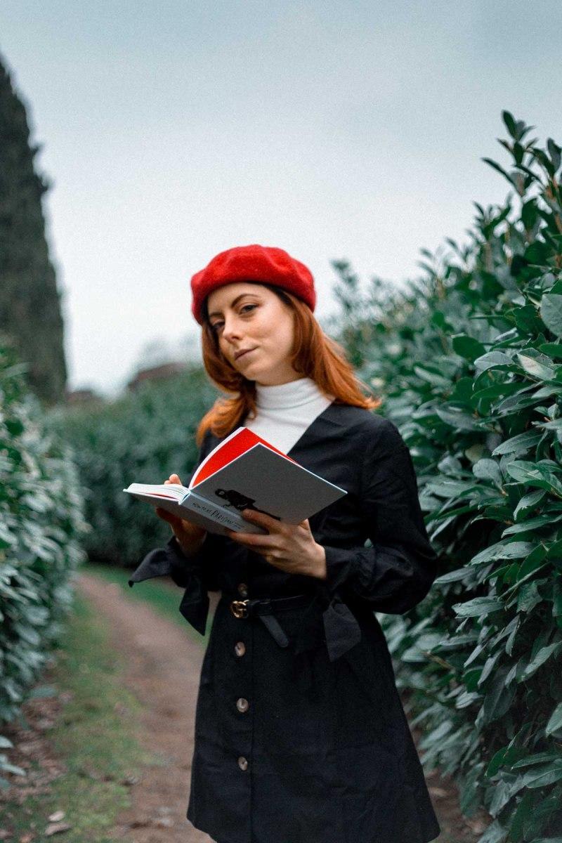 outfit di fine inverno coppola rossa