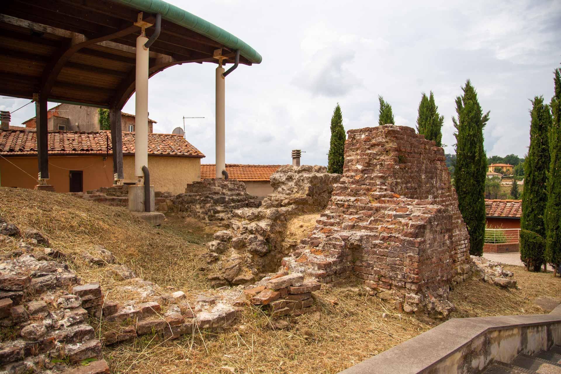 area archeologica santa maria a monte
