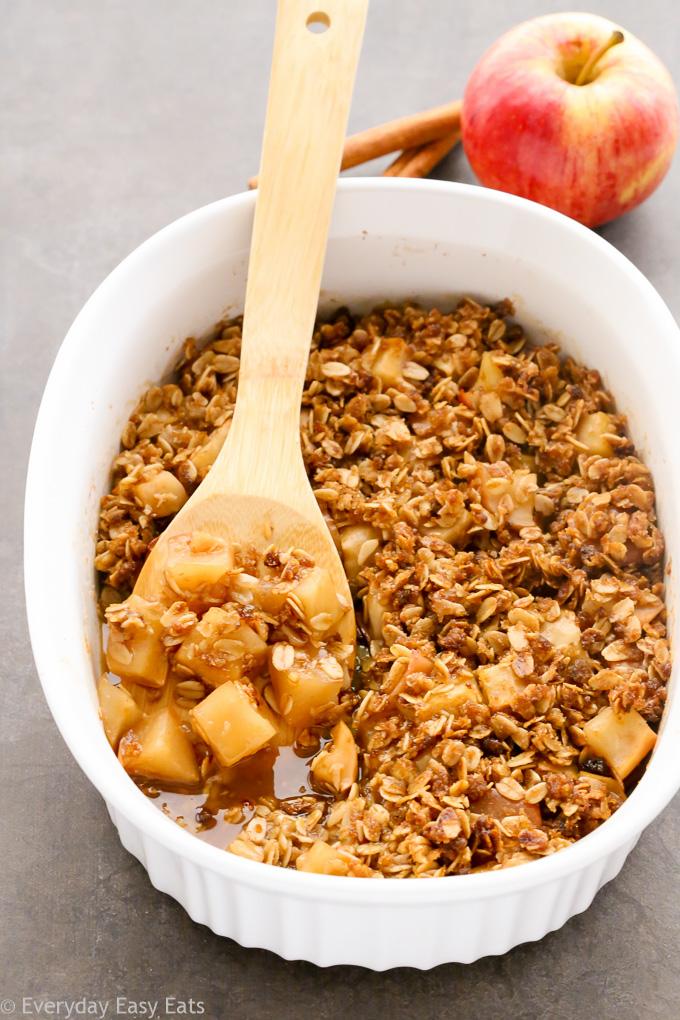 Warm Apple Crisp   Recipe at EverydayEasyEats.com