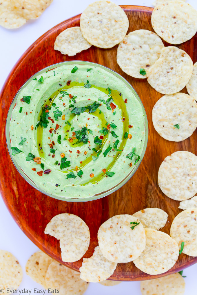 Avocado Greek Yogurt Dip - This creamy, healthy dip is perfect for entertaining and snacking.   EverydayEasyEats.com