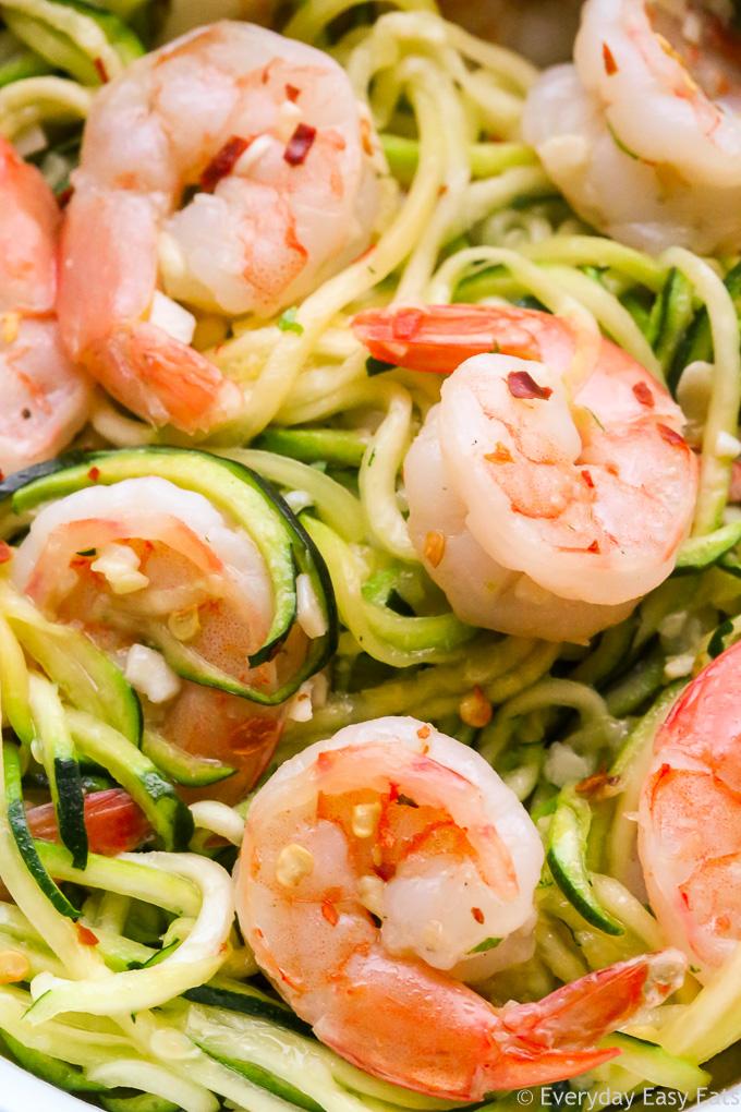Garlic Butter Shrimp Zucchini Noodles Recipe | EverydayEasyEats.com