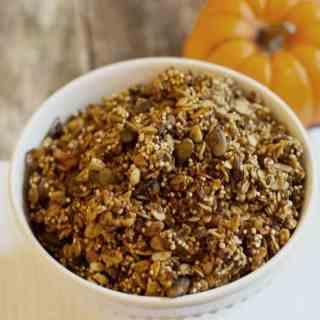 healthy-pumpkin-granola