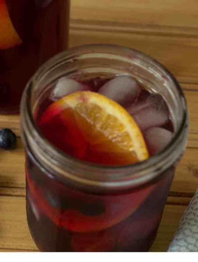 Detox Blueberry Lemon Ginger Iced Tea