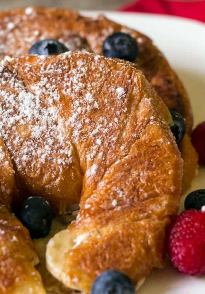Berries and Cream Stuffed French Toast Croissants ...