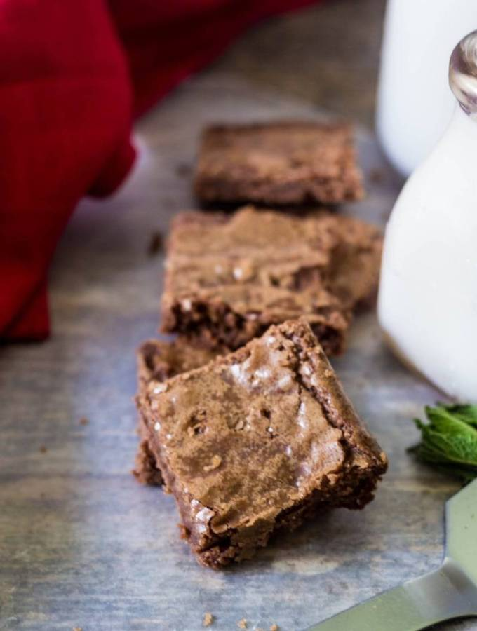 One Bowl Chewy Coconut Oil Brownies