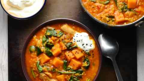 Sweet Potato Mulligatawny Soup Recipe with Spinach