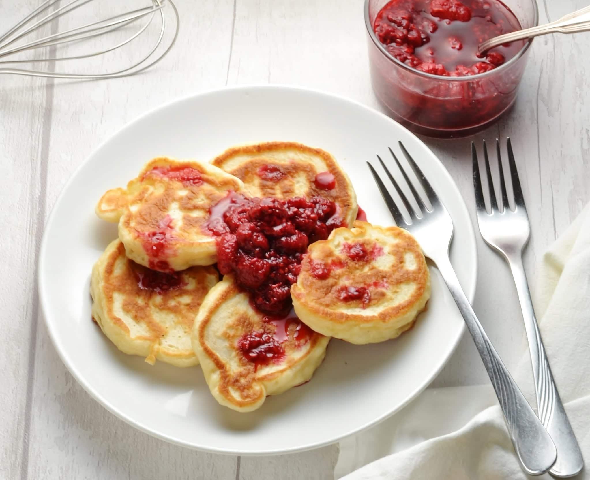 Polish Pancakes with Yeast (Racuchy)