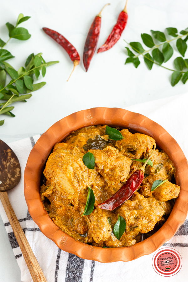 Chettinad chicken curry | Flavor Quotient | Chettinad chicken curry is a classic South Indian chicken curry recipe from the heart of Tamil Nadu and is a must-have in your recipe repertoire! This is one chicken curry which you won't ever forget thanks to its deliciousness!