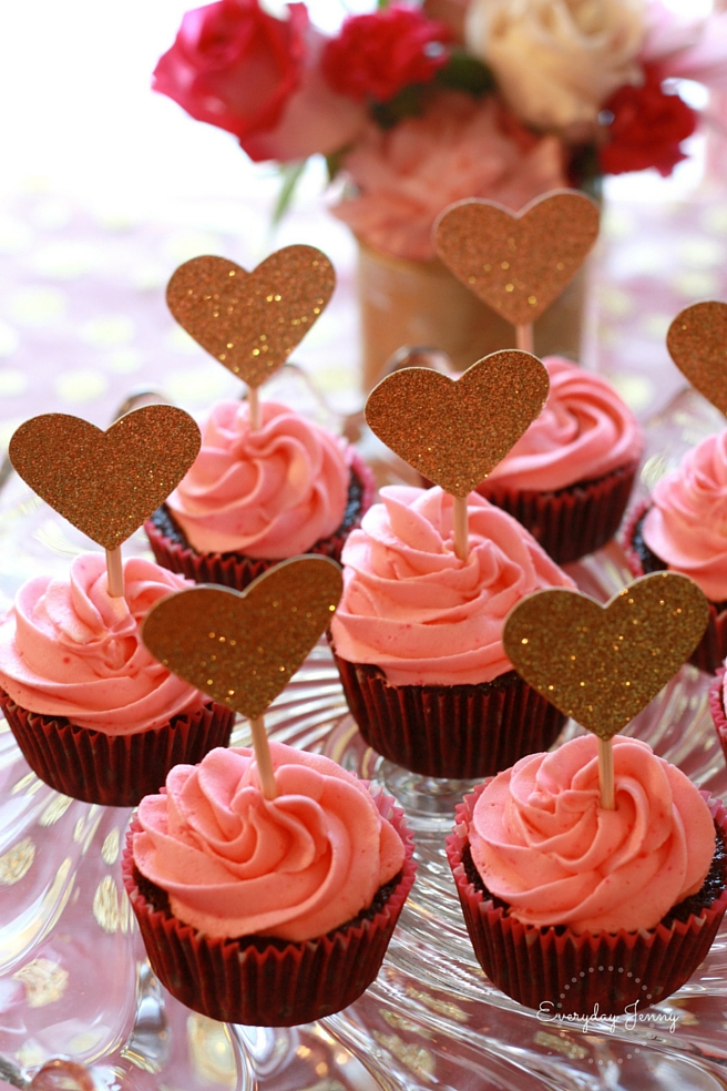 Pink and Gold Party Cupcakes