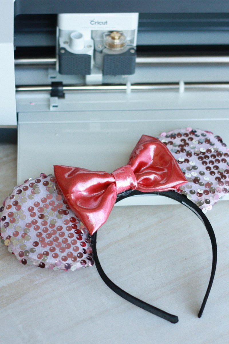 Diy Mickey Ears With The Cricut Maker Everyday Jenny