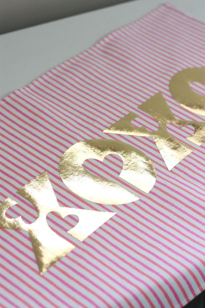 Cricut Foil Iron On Xoxo Valentine S Day Pillow Everyday