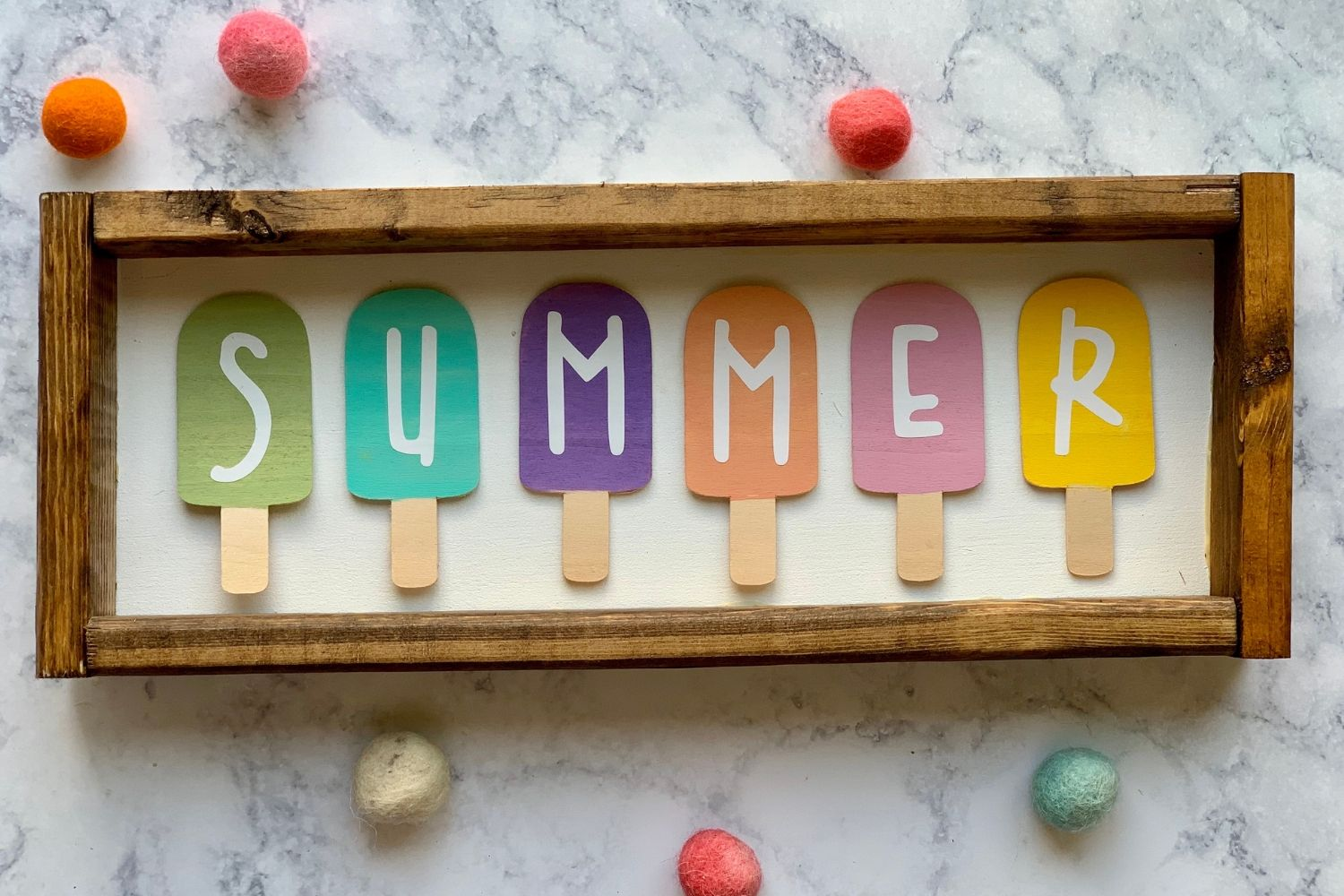 DIY SUMMER POPSICLE SIGN WITH YOUR CRICUT | EVERYDAY JENNY