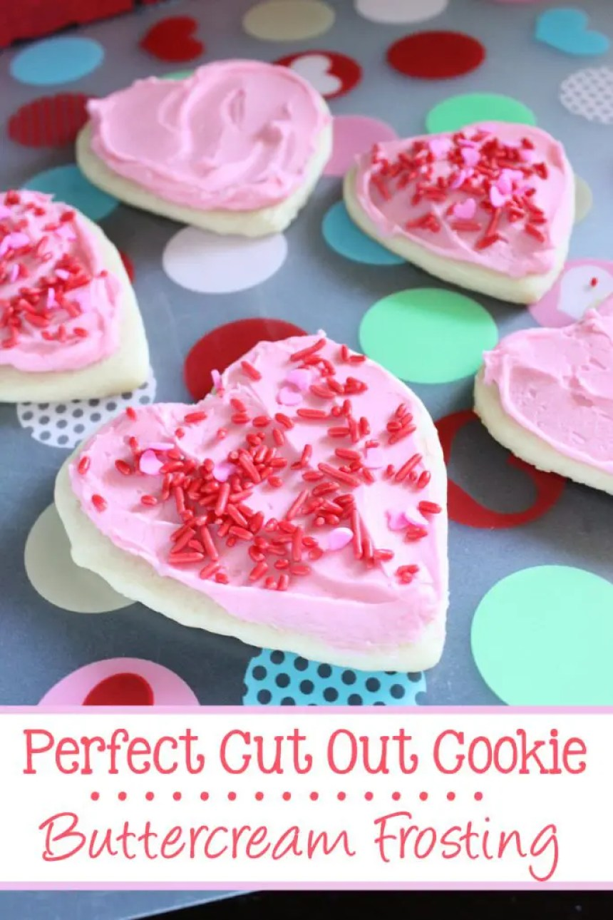 Perfect Cut Out Cookie Buttercream Frosting | EverydayMadeFresh.com