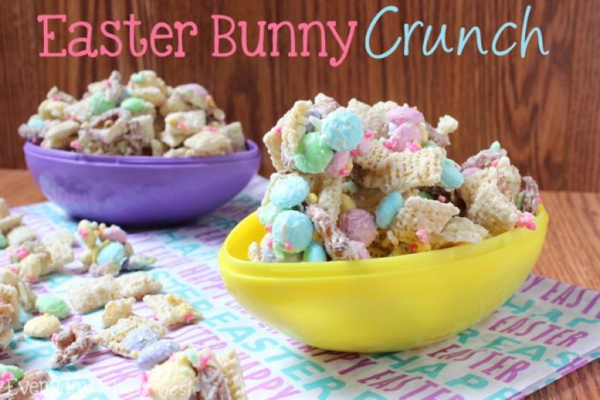 Rice cereal, salty pretzels, candy coated chocolate, pastel sprinkles, and melted white chocolate makes Easter Bunny Crunch; the perfect sweet and salty combination! | EverydayMadeFresh.com