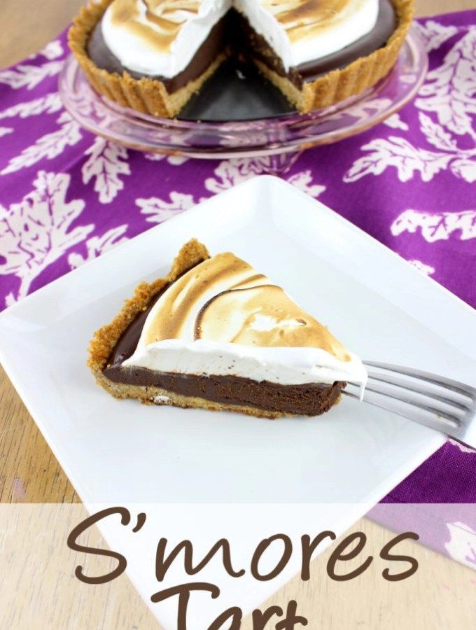 Enjoy the flavors of s'mores year round, and without a camp fire with this rich and decadent S'mores Tart.| EverydayMadeFresh.com