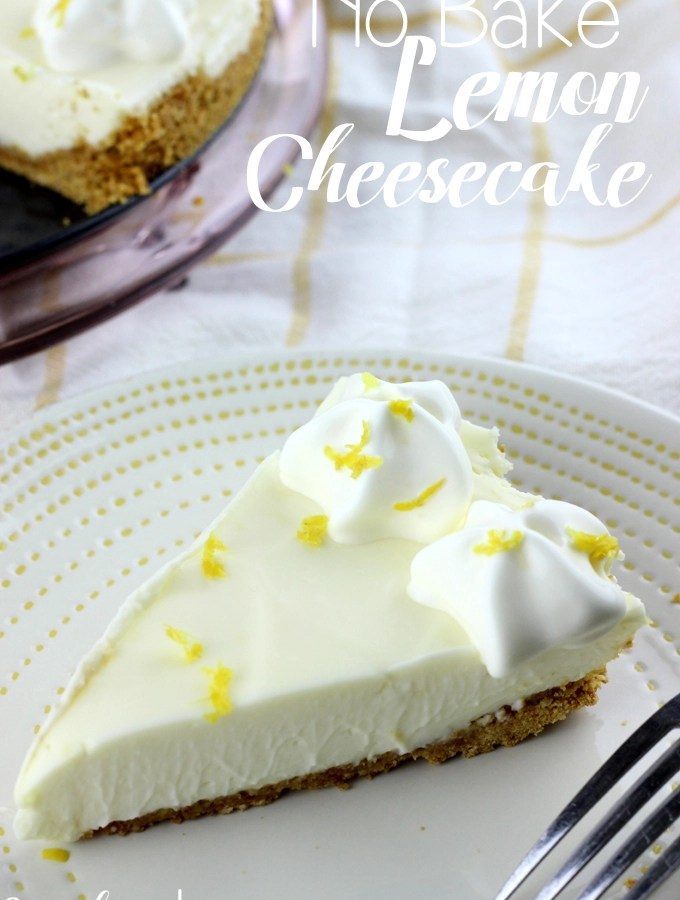 This No Bake Lemon Cheesecake is the perfect balance of sweet and tangy. It's the perfect treat to welcome spring and summer!   EverydayMadeFresh.com