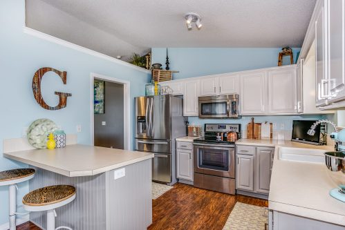 4314 N Dellrose Cir Wichita KS-print-010-3-Kitchen-2500x1667-300dpi