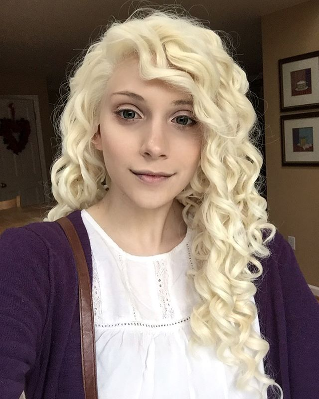 24 Pale Golden Blonde Curly Wig Long Synthetic Wigs Edw293