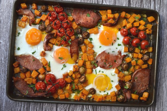 Full English Breakfast Traybake