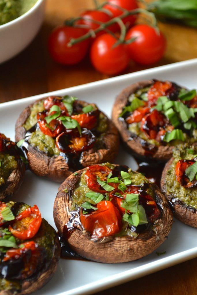 Pesto & Roasted Tomato Stuffed Mushrooms
