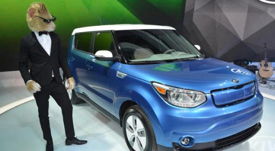 2015 KIA SOUL EV WORLD DEBUT