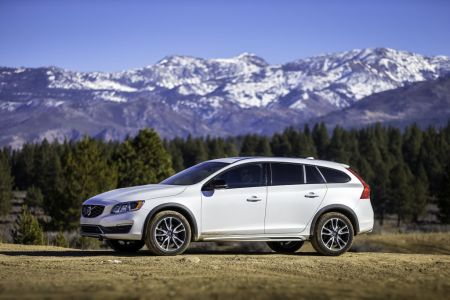 2015 Volvo V60 Cross Country All Wheel Drive on Everyman Driver with Dave Erickson