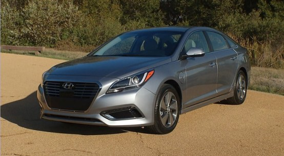 2016 Hyundai Sonata Hybrid on Everyman Driver