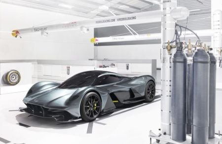 Aston Martin AM-RB 001 Revealed on Everyman Driver 1