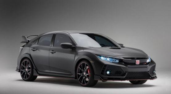 THE 2018 HONDA CIVIC TYPE R MAKES ITS NORTH AMERICAN DEBUT EVERYMAN DRIVER, DAVE ERICKSON