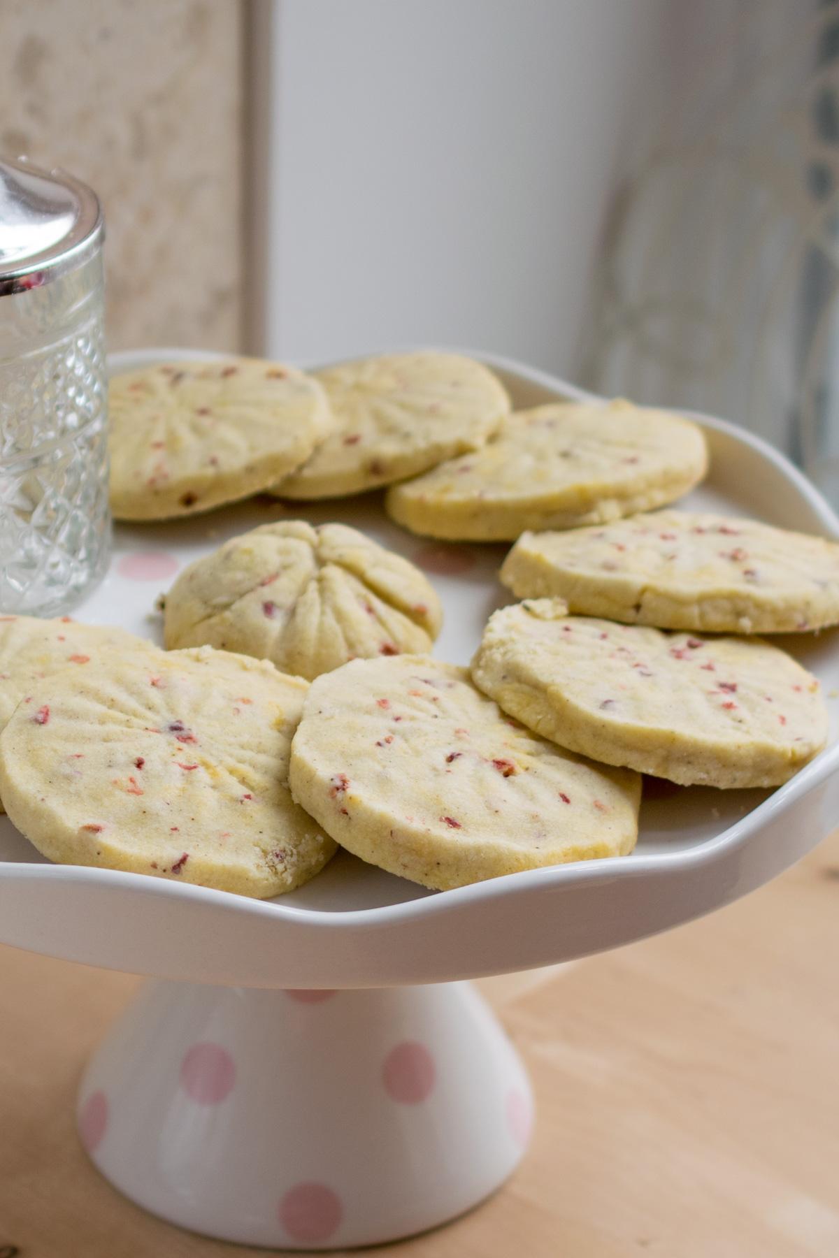 Strawberry Shortbread Biscuits