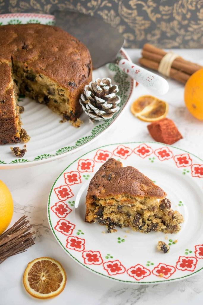 gluten-free-orange-and-cinnamon-fruit-cake-7