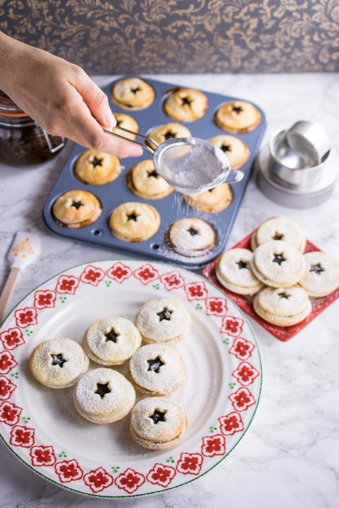 mince-pies-with-cream-cheese-pastry-2
