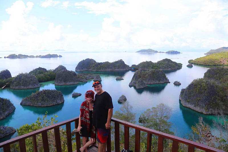 paula-and-gordon-piaynemo-raja-ampat