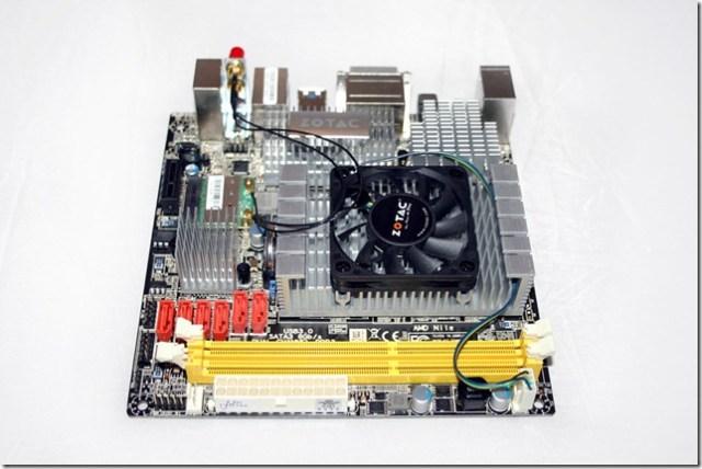 Zotac-M880G-ITX-05