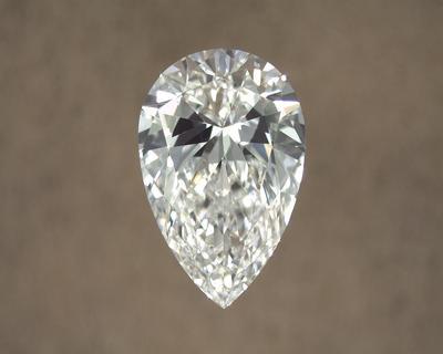 BowTie Effect On Pear Diamond