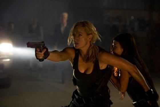 Zoe-Bell-in-Mercenaries-2014-Movie-Image-750x499