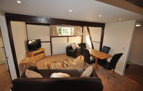 Wrenbury Apartment