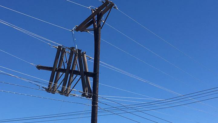 power Line Damage 720 Lubbock Power and Light LP&L