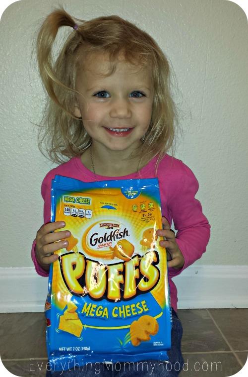 GoldfishPuffs1