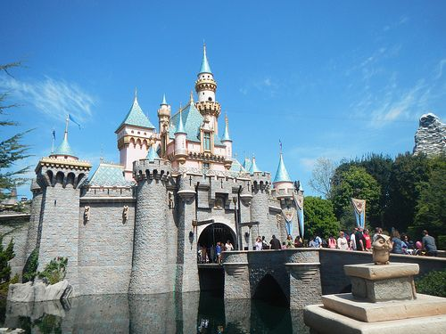 Disneyland and California Adventure Ride and Attraction Closures October 2015