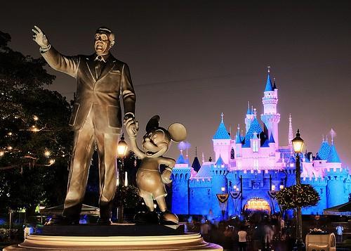 Disneyland and Disney California Adventure Park Ride and Attraction Closures November 2015